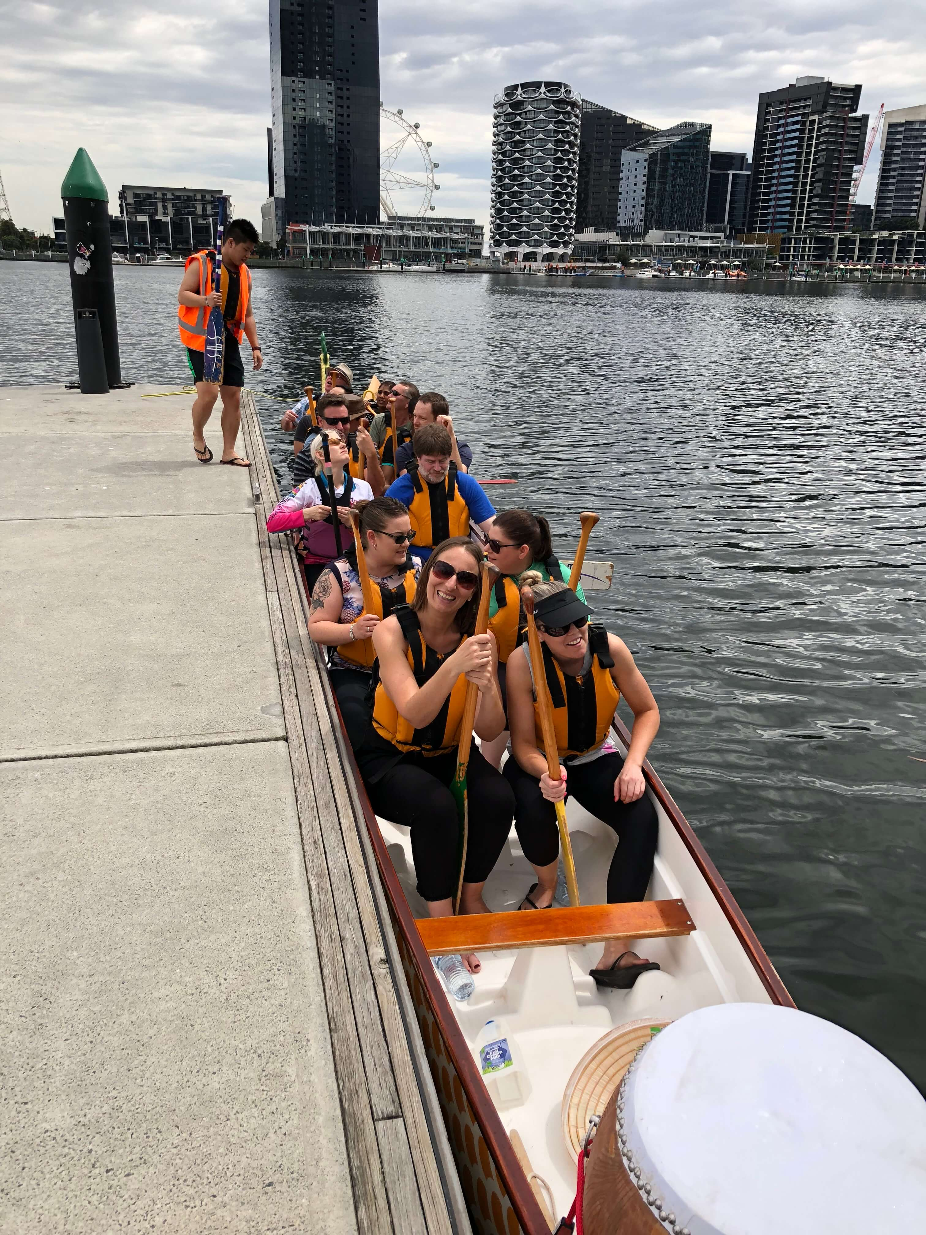mpt corporate events dragon boat racing 03