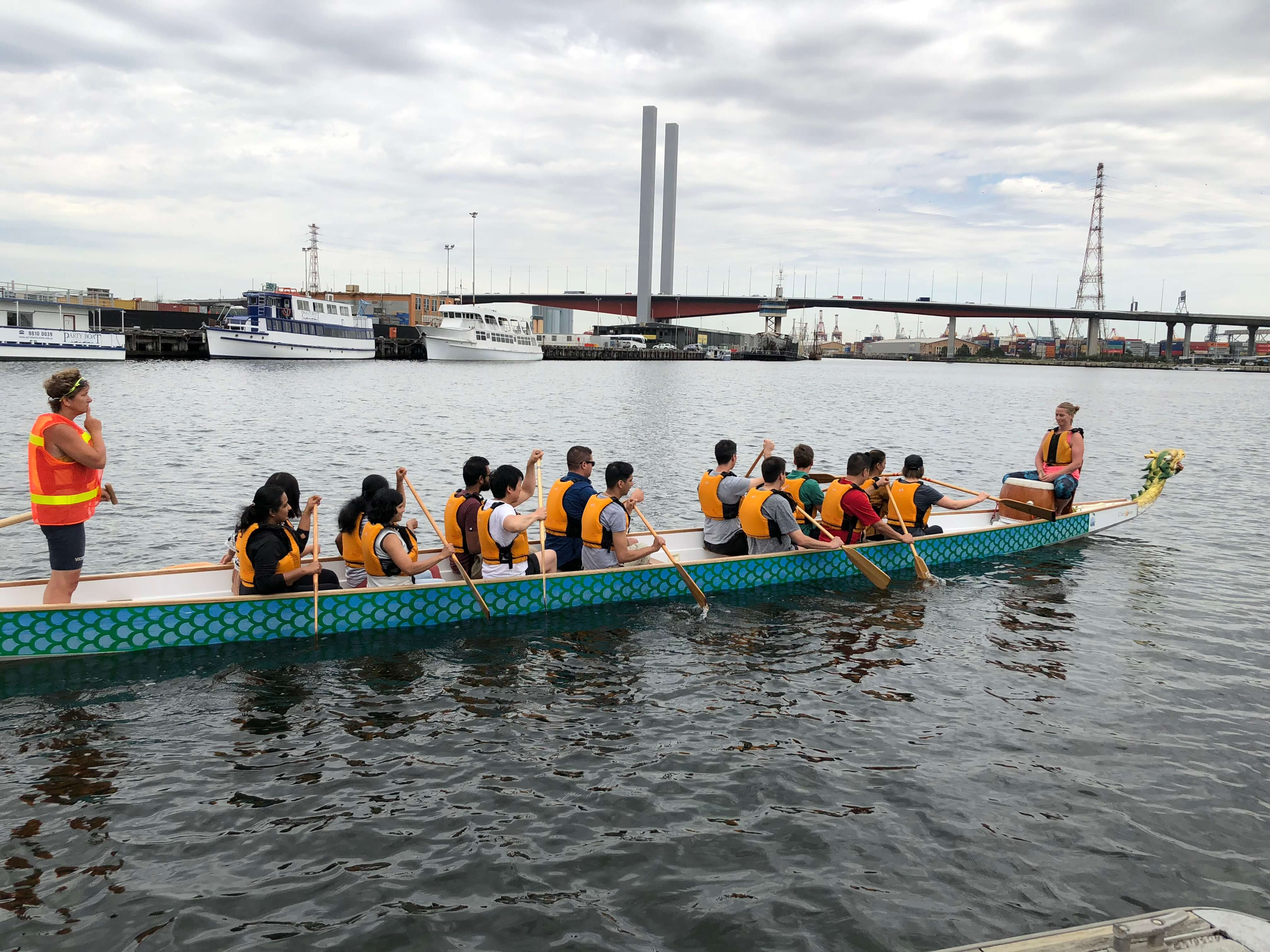 mpt corporate events dragon boat racing 04